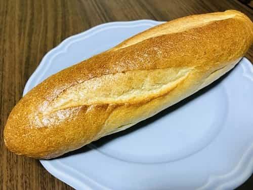 フランスパンのハーフサイズは180円